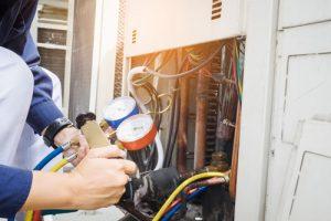 Réparation d'une thermopompe centrale